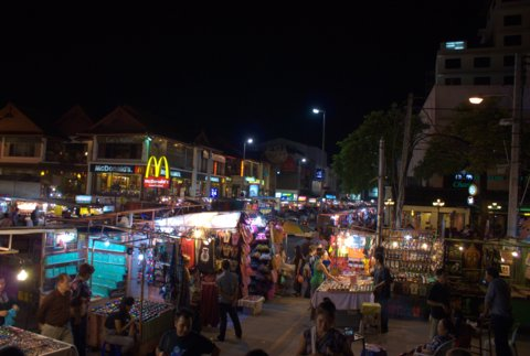 Natmarked på Chang Klang marked